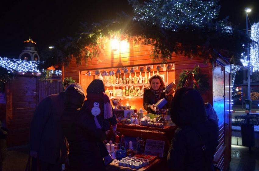 Mioveni. Au început pregătirile pentru Târgul de Crăciun. Contact pentru agenții economici interesați