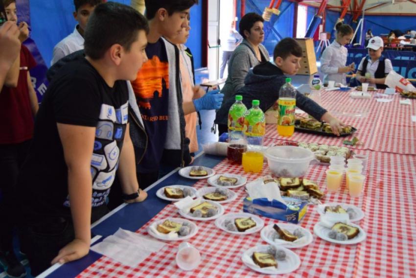 Elevii din Mioveni s-au întrecut în...gust bun!