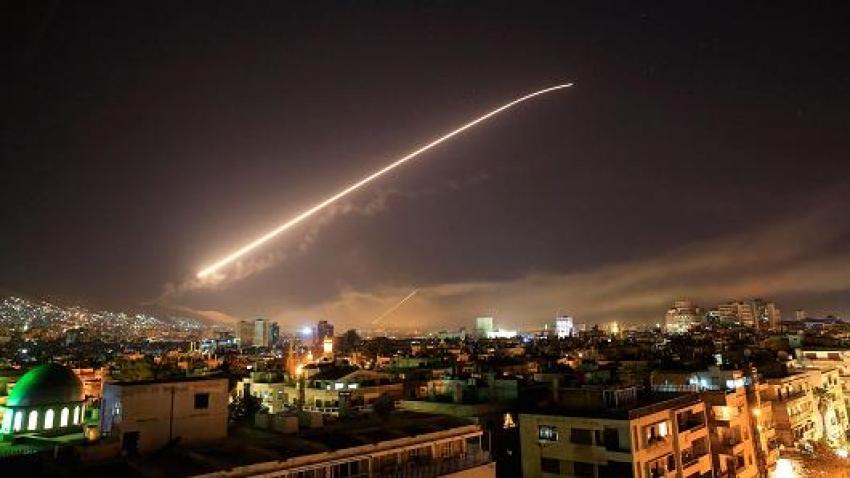 Trump a pornit Războiul! SUA, Marea Britanie și Franța au atacat Siria. Reacția Rusiei