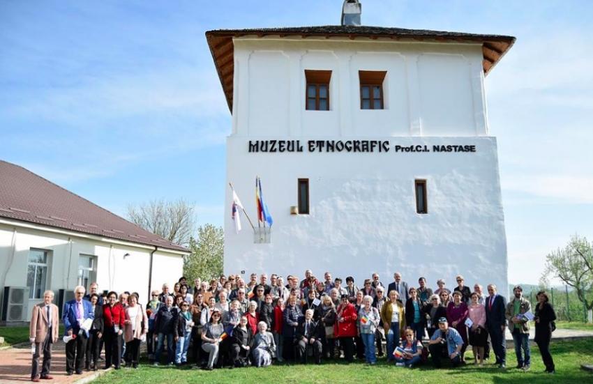 Uniunea Arhitecților din România, vizită de documentare la Cula Racovița din Mioveni