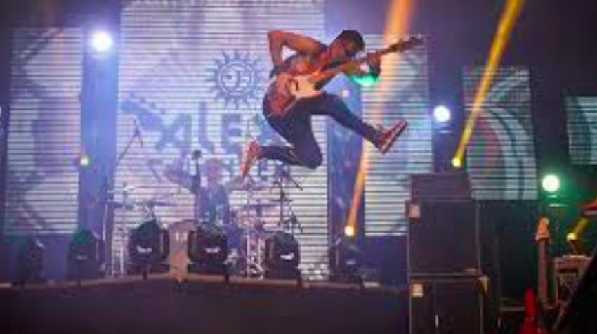 Comuna Corbi, eveniment de senzație: Solistul AC/DC și Lupii&Alex Calancea, la Stonebird primul festival de muzică rock