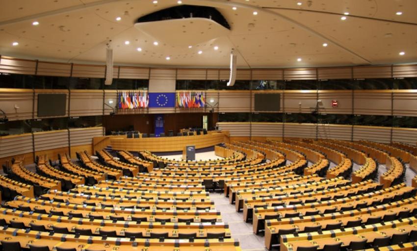 Parlamentul European a votat înghețarea plăților pentru țările care au probleme cu statul de drept