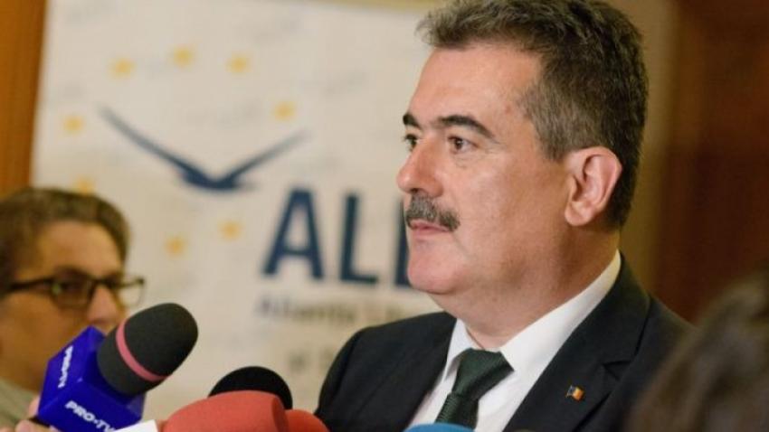 Andrei Gerea: PNL și Orban împart românii în proști și răi și deștepți și buni. Asta aduce aminte de alte regimuri