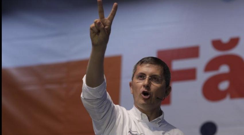 Dan Barna validat presedinte al partidului de Congresul USR