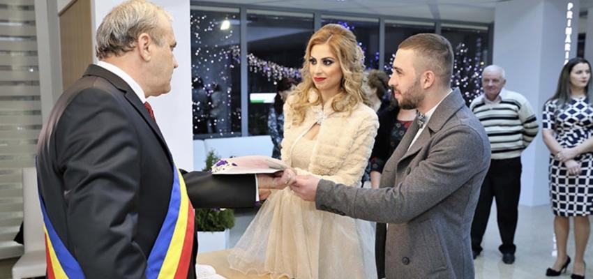 O amintire unica! Te poti casatori in noaptea de Revelion la Mioveni!