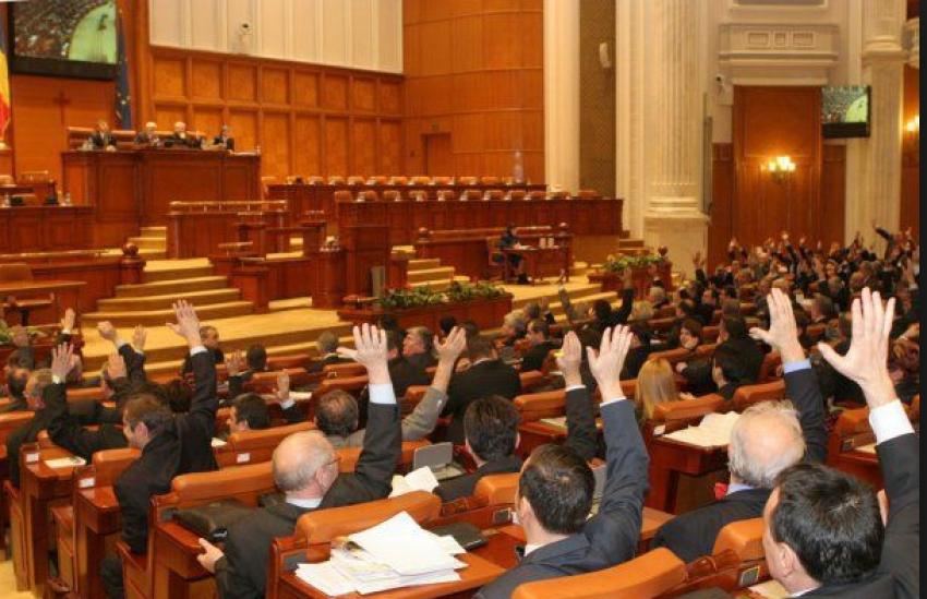 Parlamentul a adoptat bugetul pe 2019. Principalele puncte