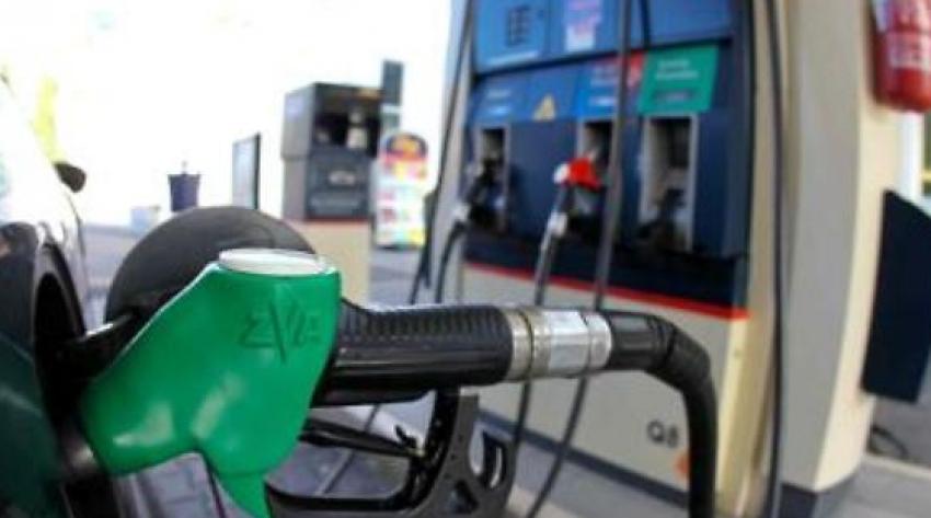 Benzina și motorina își schimbă denumirea la pompă. Noile simboluri