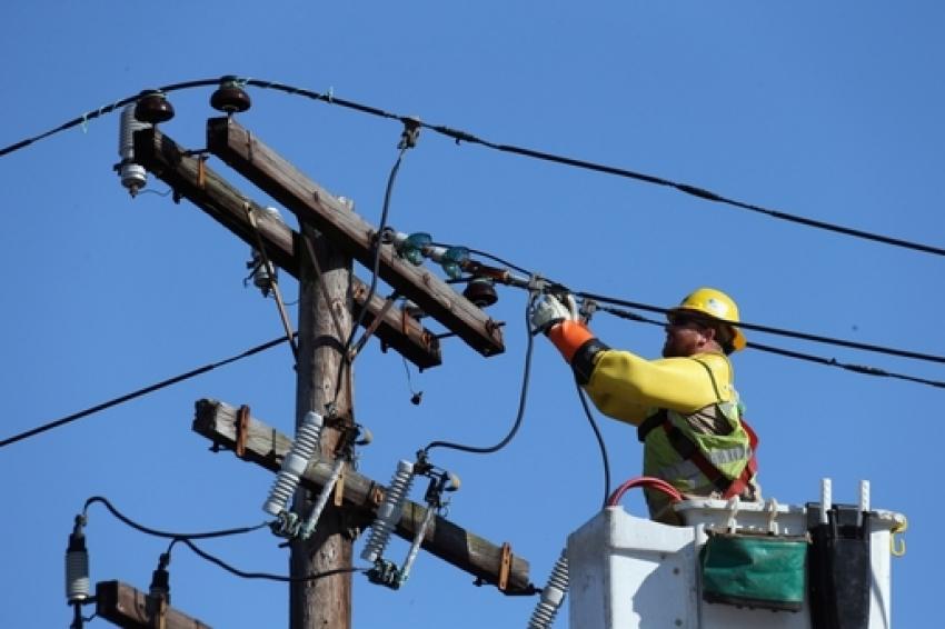 Vineri, 29 noiembrie, se opreşte curentul electric la Mioveni