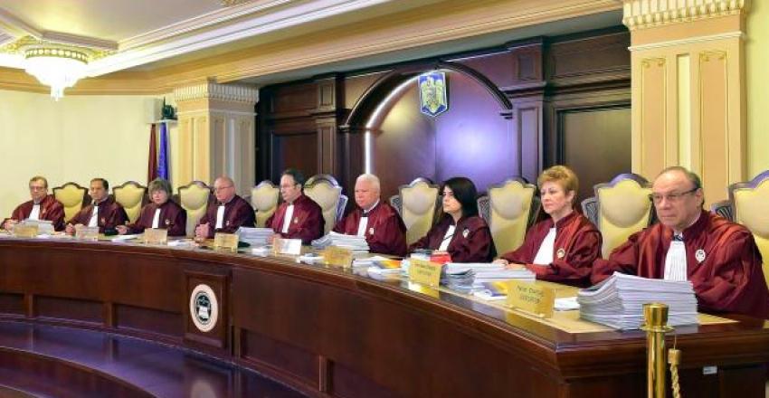 Motivul pentru care Iohannis nu îl vrea pe Drăghici ministru: CCR a decis că protocoalele cu SRI sunt ilegale