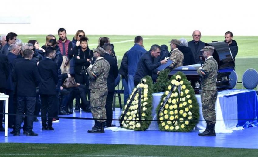 Înmormântare Ilie Blaci. Gestul emoționant făcut de Gică Hagi