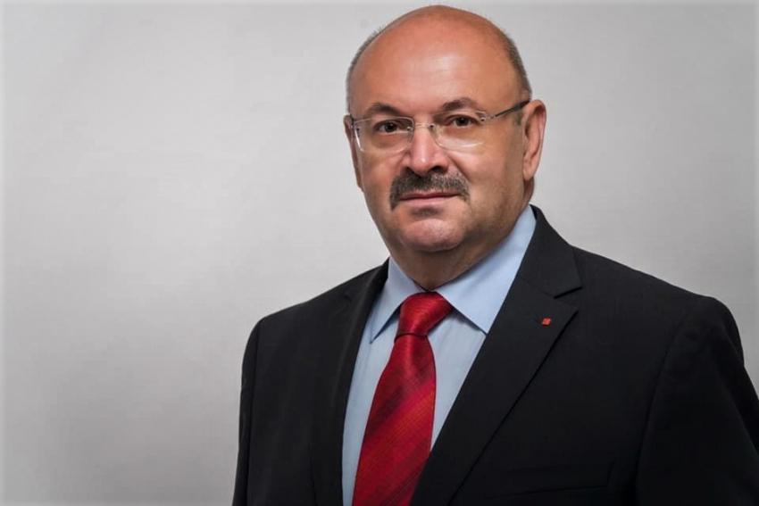 Ion Mînzînă, președinte PSD Argeș, mesaj pentru trântorul solemn de la Cotroceni: GHINION!