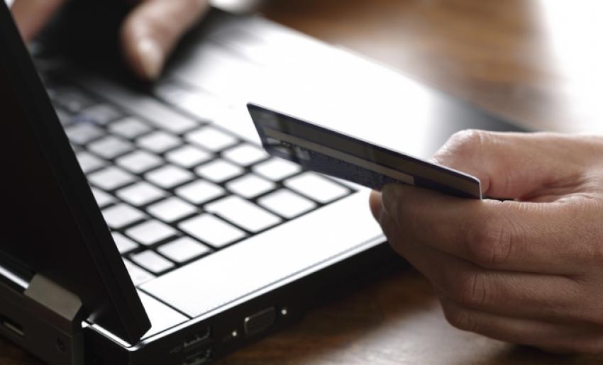 Primăria Mioveni încurajează contribuabilii să își achite taxele și impozitele online