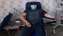 După ce s-a vindecat de COVID-19, un jandarm argeșean a donat plasmă pentru tratamentul altor persoane infectate