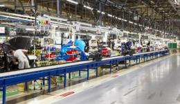 Criza de semiconductori suspendă producția la Dacia pentru trei zile