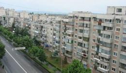 Eurostat: Locuințele românilor, la fel de înghesuite precum închisorile!