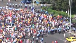 Imagini Live de la Protestul Diasporei. Au apărut primele ciocniri cu jandarmii