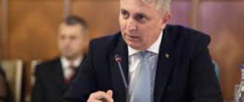 Ministrul internelor, reactie fulger dupa moartea barbatului din Pitesti care a facut infarct in timp ce era evacuat de politisti