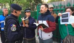Protest Diaspora: Unul dintre bărbații care au făcut scut pentru a o salva pe jandarmerița bătută este argeșean