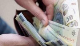Salariul minim crește din nou. Din 2019, angajații cu studii superioare vor lua mai mult