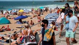 COVID-ul schimbă regulile. Cum vor arăta vacanțele la anul și ce pregătiri au făcut agențiile de turism