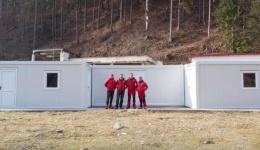 Salvamont ARGEȘ montează o bază modulară pe platforma Voina