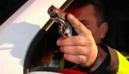 Hoți de motorină prinși cu focuri de armă