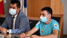 Video! Ministrul Sportului, ciclist paralimpic, umilit după ce a ignorat singurul turneu internațional de tenis destinat persoanelor cu dizabilități organizat în România: Să pedaleze până în Ungaria și să nu se mai întoarcă!